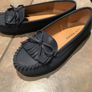 Lucky brand Sz 7 blue loafers